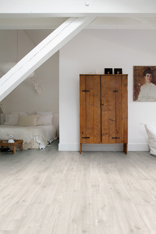 Livyn Canyon Oak Light with Saw Cuts Flooring from Interiora Newlyn